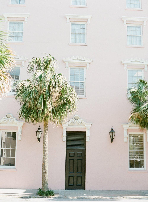 Downtown-Charleston-Wedding-Photographer_0140.jpg