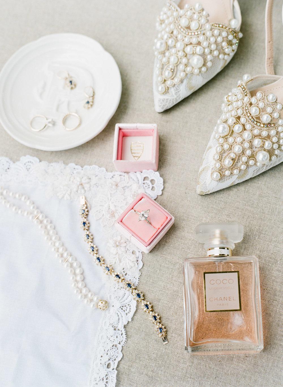 Charleston-Wedding-Photographer-The-Cedar-Room-5.jpg