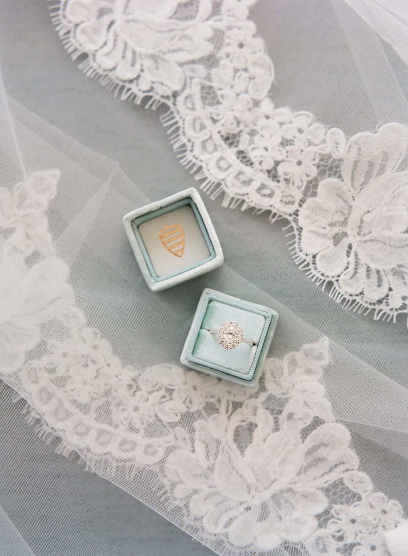 Boone-Hall-Wedding-Photographer-3.jpg