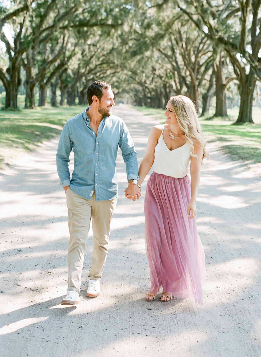 Wormsloe-Savannah-Engagement-Photos-15.jpg
