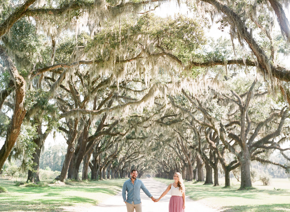 Wormsloe-Savannah-Engagement-Photos-38.jpg