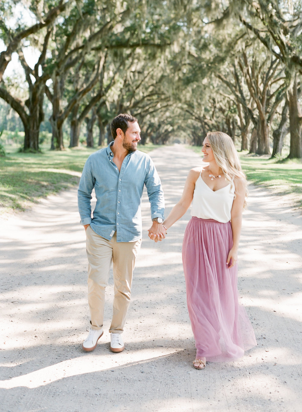 Wormsloe-Savannah-Engagement-Photos-40.jpg