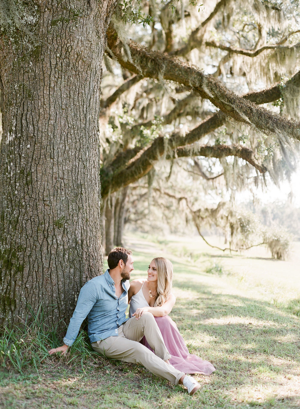 Wormsloe-Savannah-Engagement-Photos-53.jpg