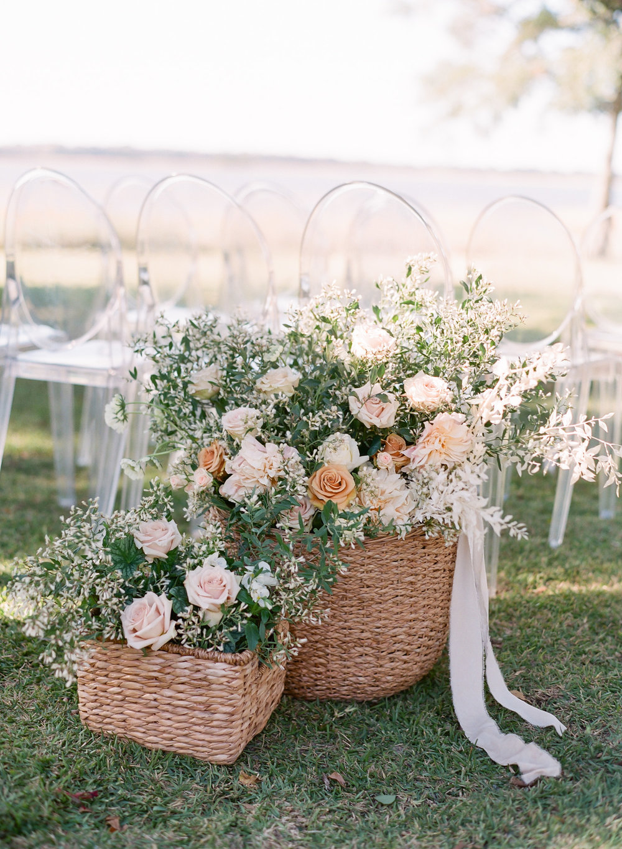 Wedding-Aisle-Flowers.jpg