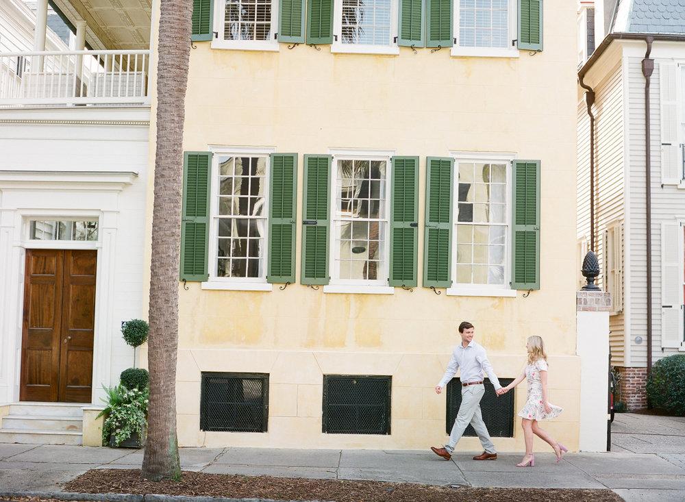Charleston-Engagement-Session-Photos-16.jpg