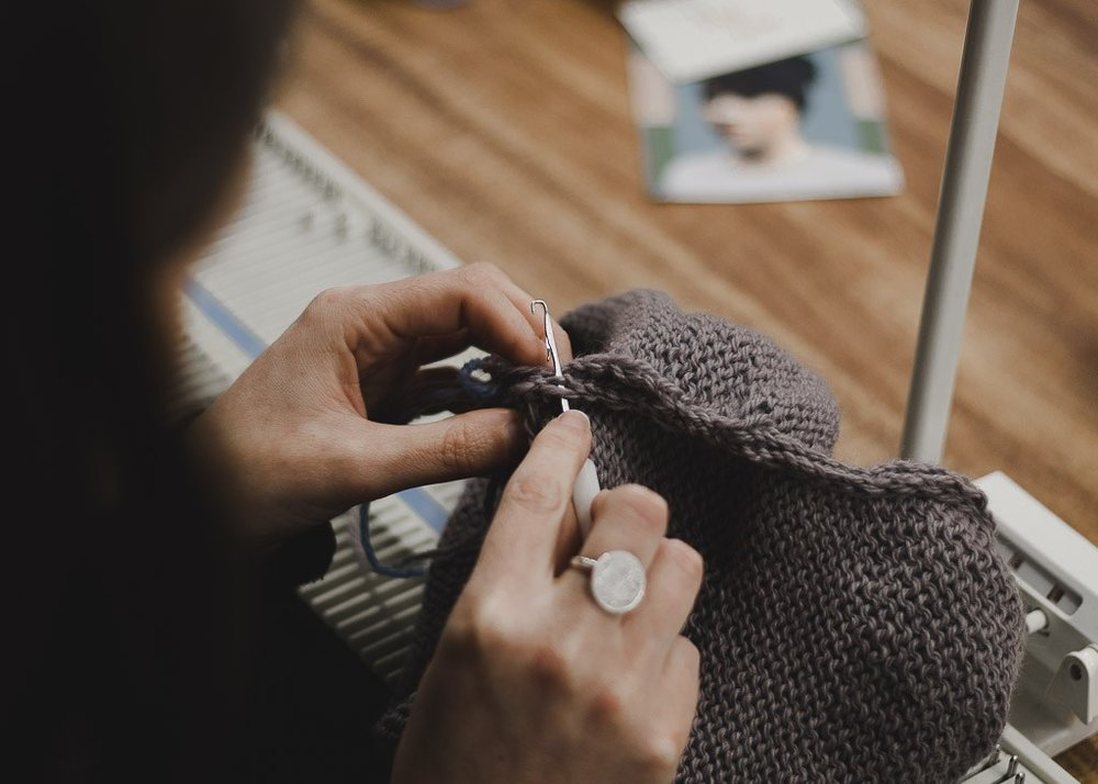 machine-knitting-workshop-beanie-handmade.jpg