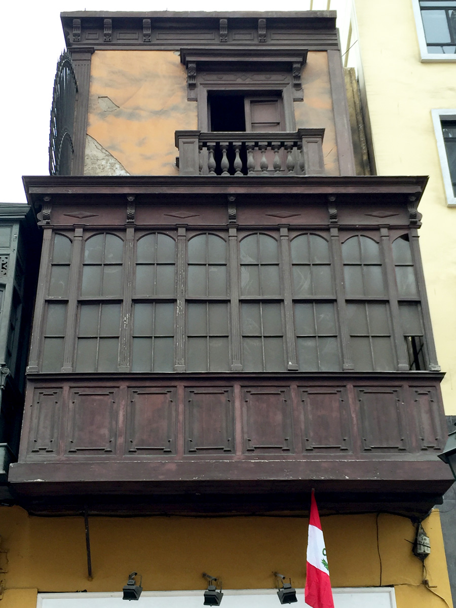 Colonial influences are reflected throughout Lima's city center. First floor cantilevered window boxes were all the rage at the time.