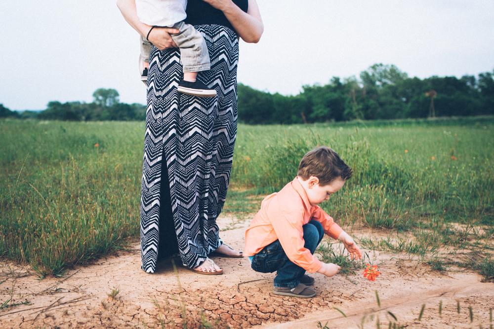 Paige Rains Photographer | Oklahoma Lifestyle Family and Natural Boudoir Photographer