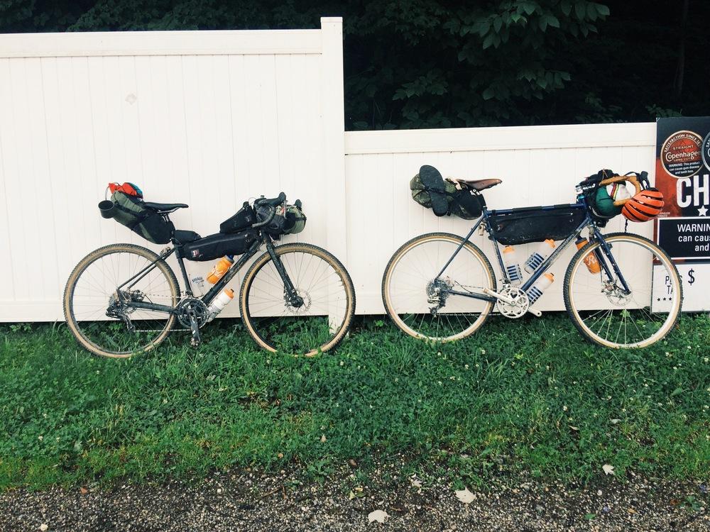 bt_bikeswhitefence.jpg