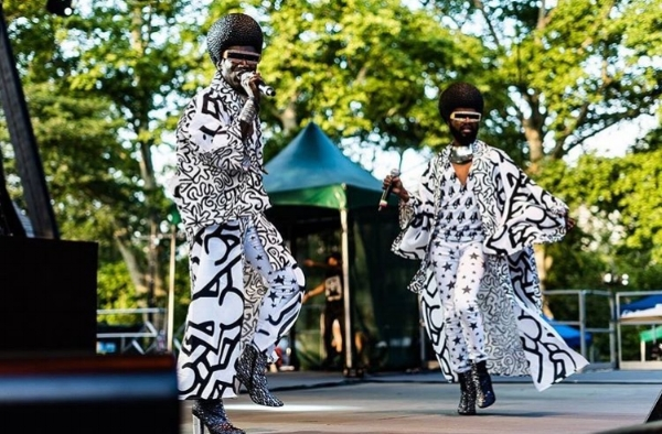 The Illustrious Blacks - Photo Daviston Jeffers