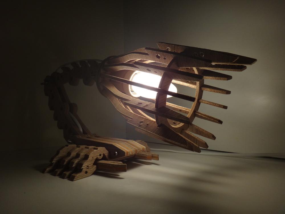 SCORPION FUSION LAMP (4).JPG