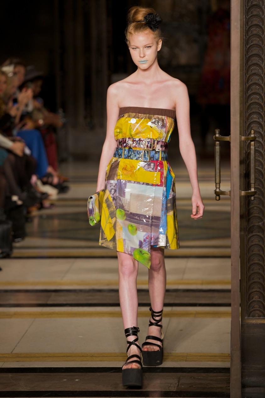Fashion Scout Vestibule S-S 2012 © Marc Aitken 2014 . www.marcaitken.com 182011-09-182011.jpg