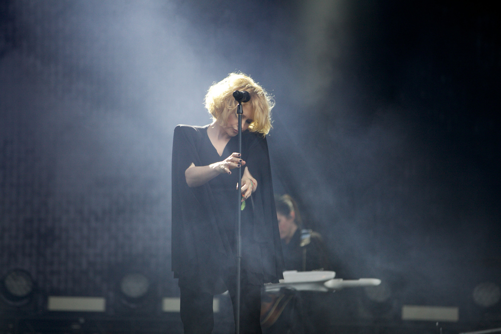 Goldfrapp Glastonbury © Marc Aitken 2015 (6).jpg