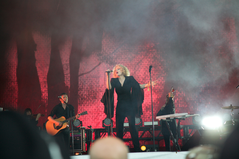 Goldfrapp Glastonbury © Marc Aitken 2015 (10).jpg