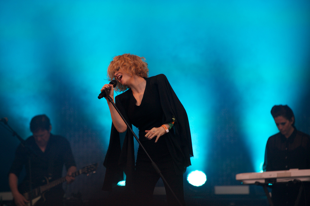 Goldfrapp Glastonbury © Marc Aitken 2015 (21).jpg