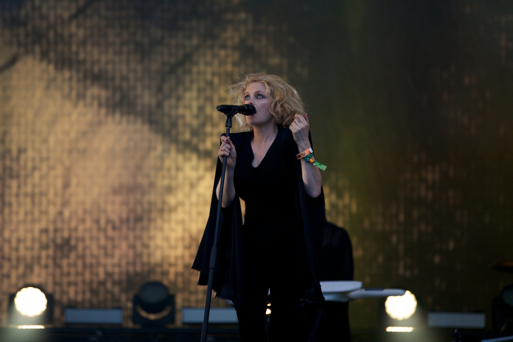 Goldfrapp Glastonbury © Marc Aitken 2015 (22).jpg