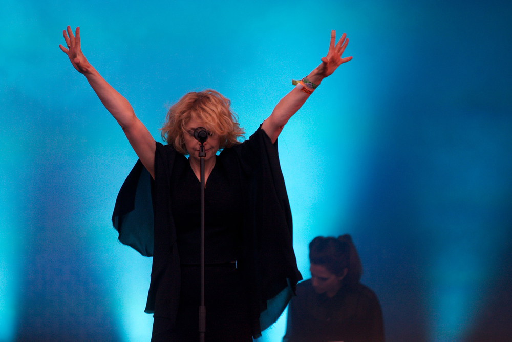 Goldfrapp Glastonbury © Marc Aitken 2015 (25).jpg