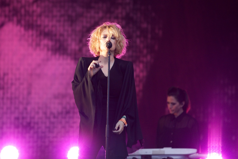 Goldfrapp Glastonbury © Marc Aitken 2015 (2).jpg