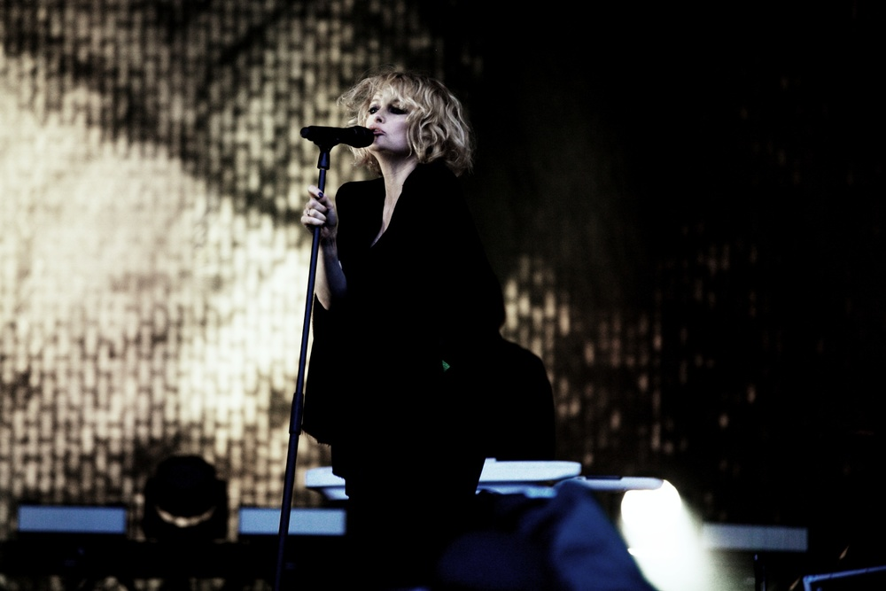 Goldfrapp Glastonbury © Marc Aitken 2015 (11).jpg