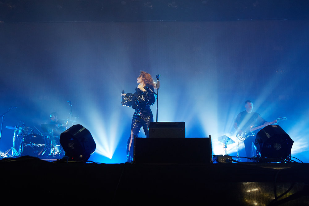 Goldfrapp @ Glastonbury 2017© Marc Aitken 2017 44.jpg