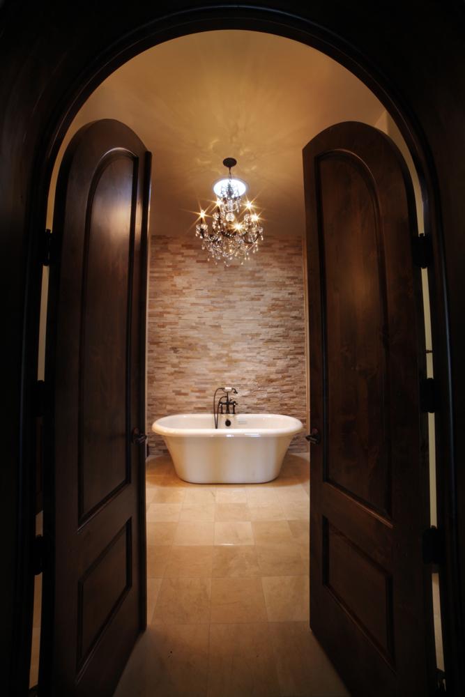 Pointe Homes New Custom Bath