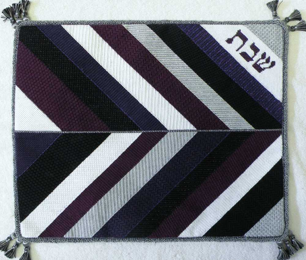 Needlepoint Challah Cover CC-11 .JPG