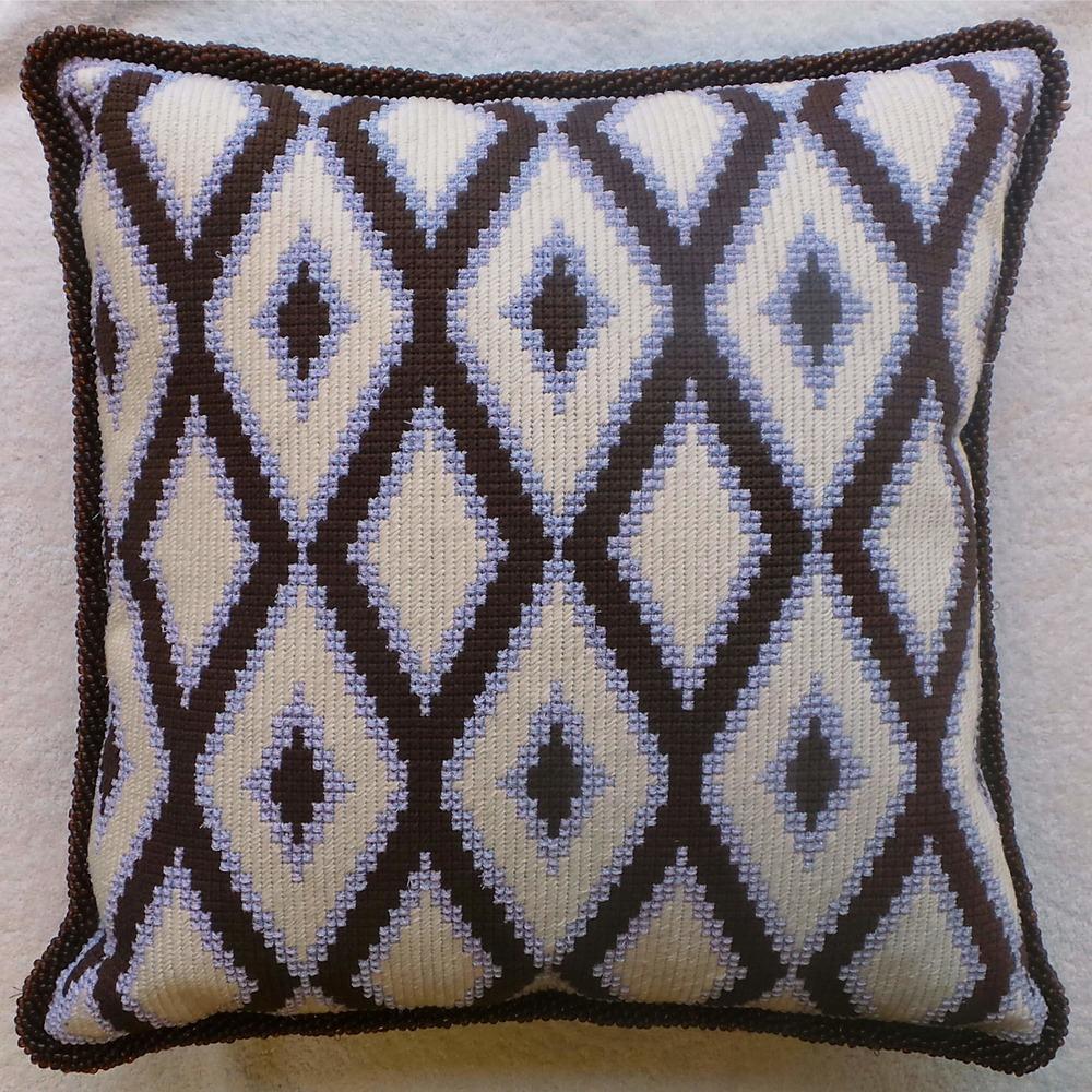 Needlepoint Pillow S51PL .jpg