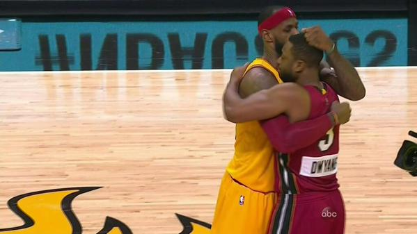 It was all love between the two friends but D.Wade scored 31 and LeBron scored 30 as the Heat beat the Cavs on Christmas day.