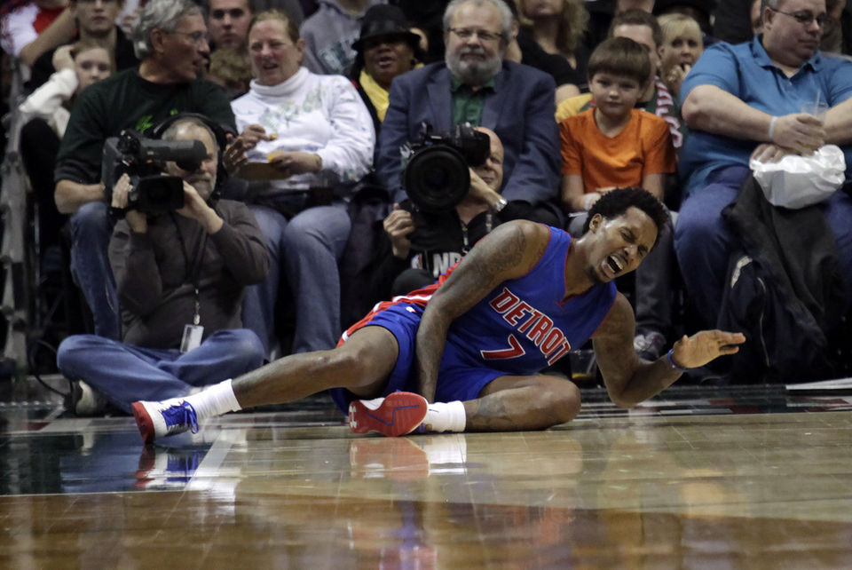 Brandon Jennings was injured late in the third quarter.