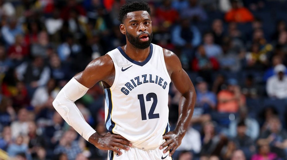 Tyreke Evans signed a one year deal with the Indiana Pacers.