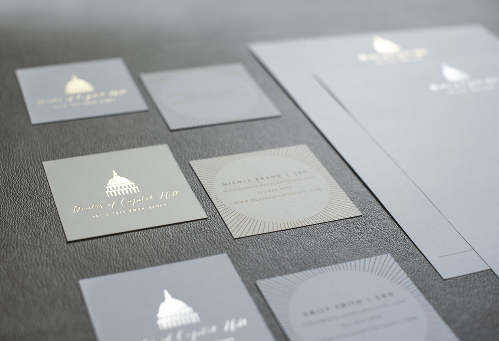 graphicdesign_greenapplelane_foilbusinesscards.jpg