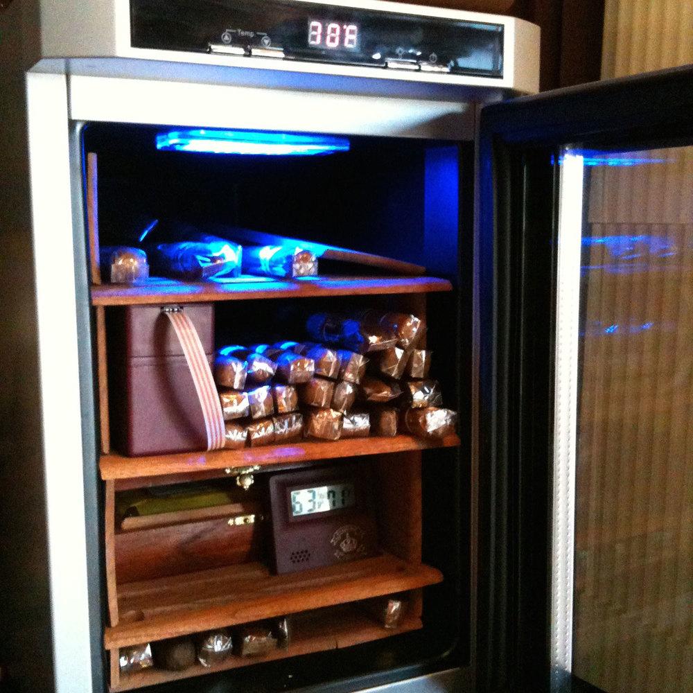 DIY-Automatic-Cigar-Coolidor.jpg
