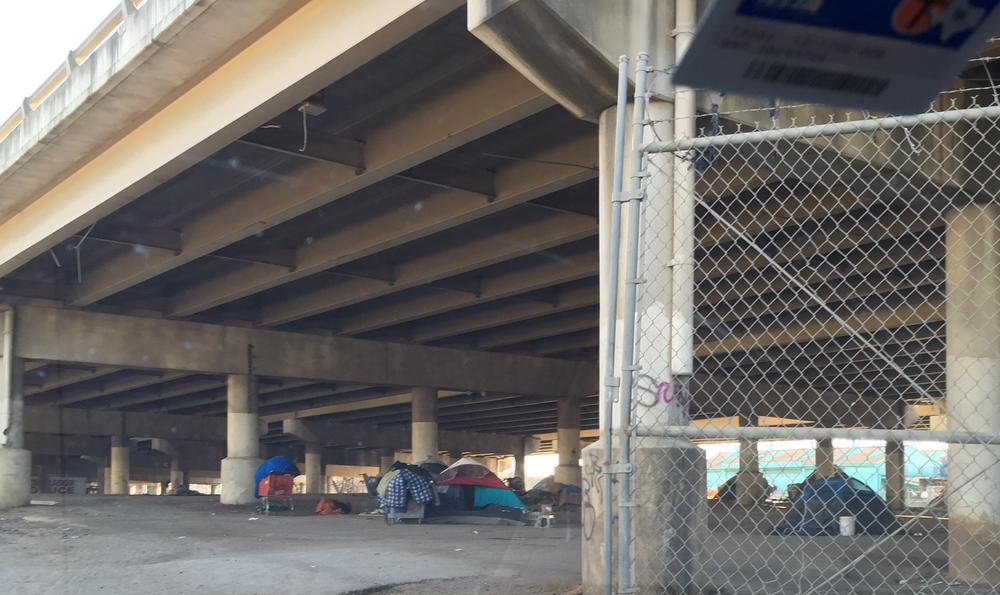 tent%2Bcity1.png