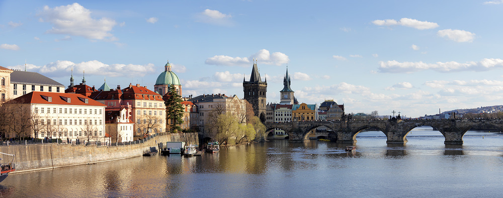 Prague River Views_0033.jpg
