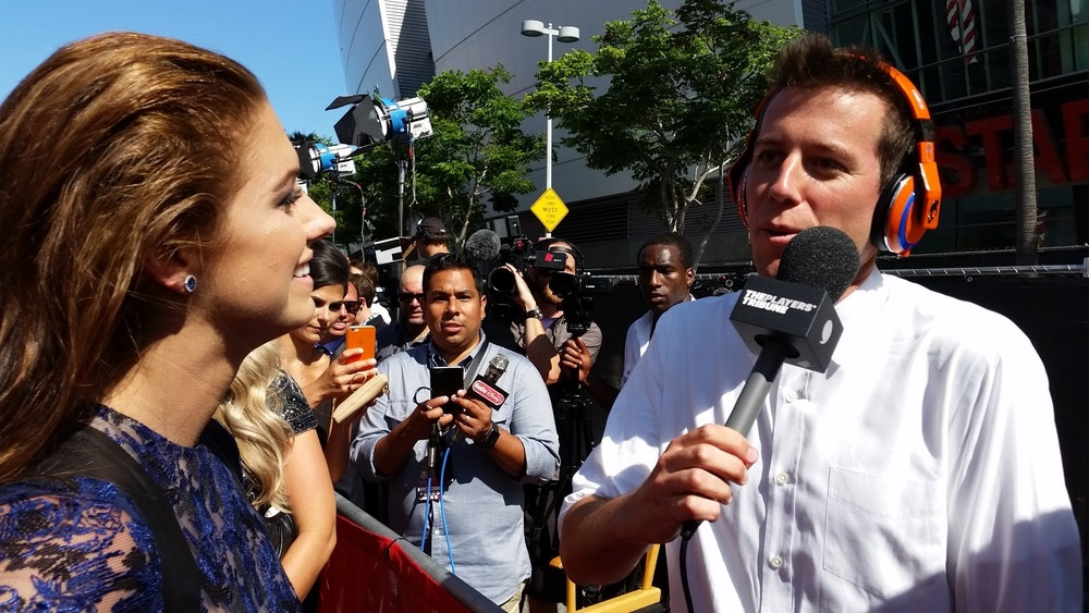 Alex Morgan with Ben Lyons from The Players' Tribune at the 2015 ESPY Awards