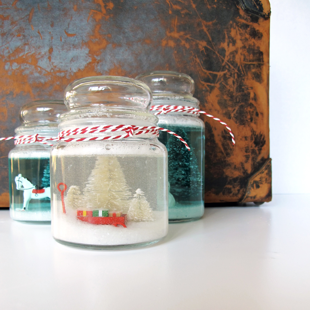 cookie jar snowglobe DIY