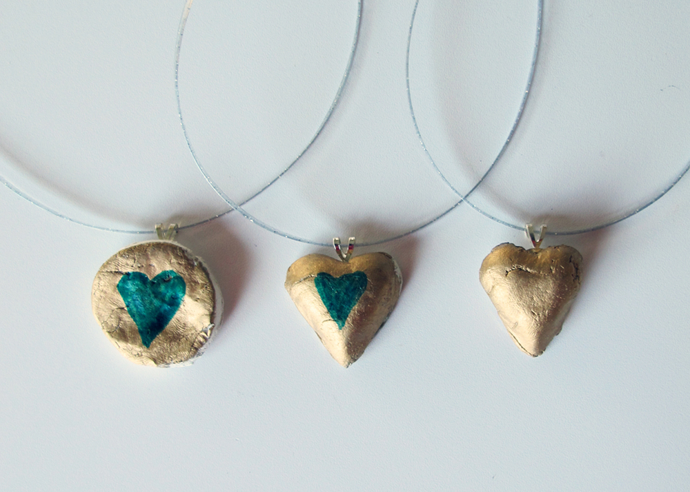 DIY gold heart necklaces