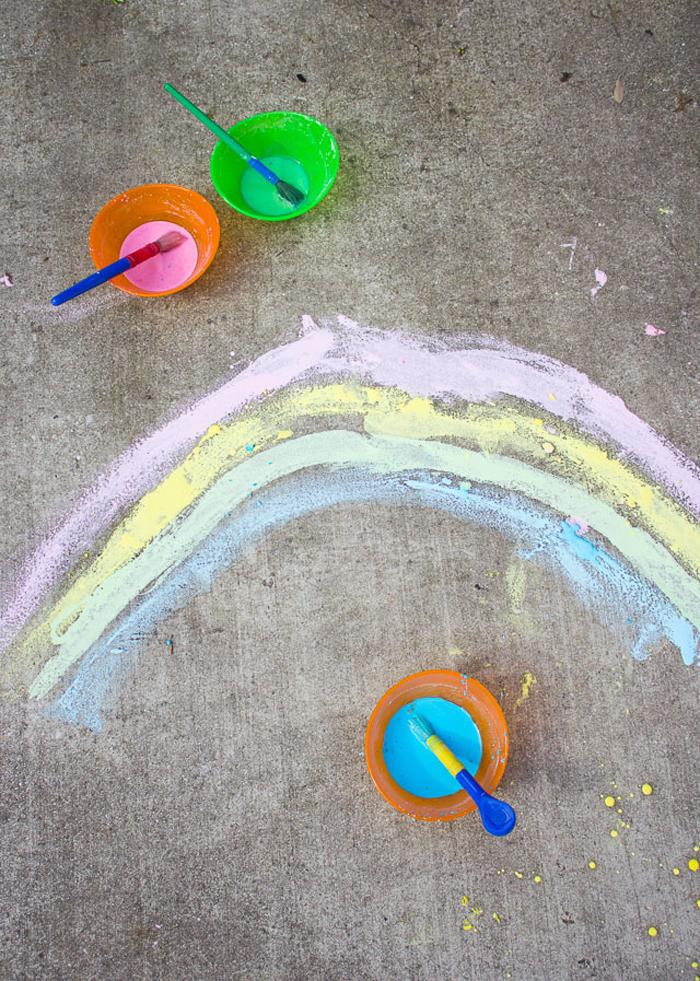homemade sidewalk chalk paint via Design Improvised
