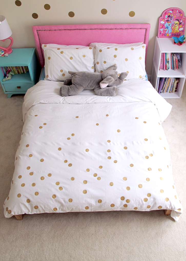 make a gold dot duvet DIY