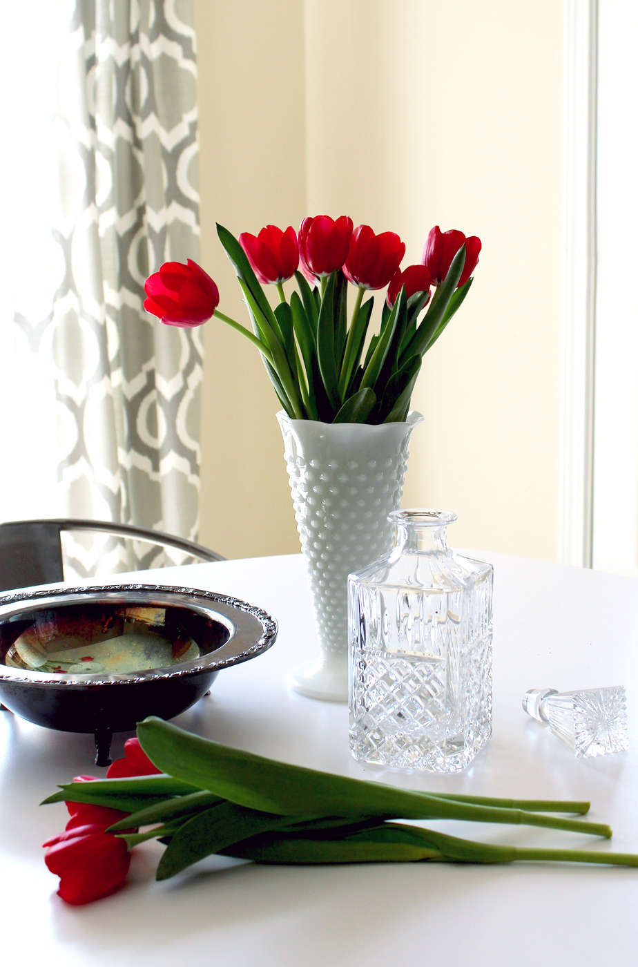 bring Spring indoors with thrifted vintage vases!