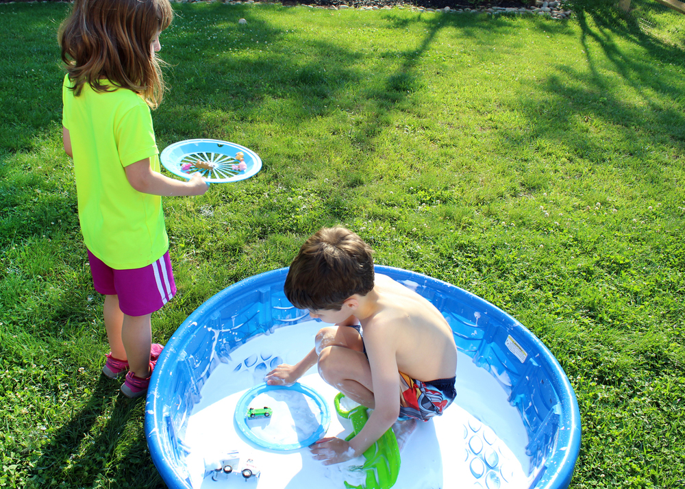 inspire kids to use their imagination and get outside this summer
