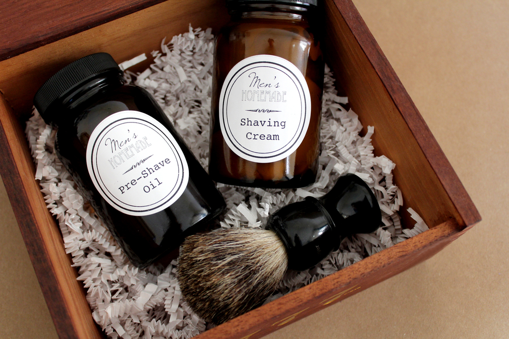 homemade shaving cream and pre shave oil kit--perfect for Father's Day!