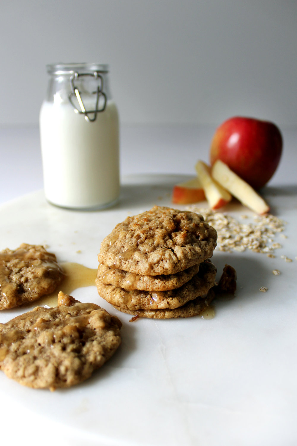 old fashioned oatmeal cookies with honeycrisp apple + brown butter frosting