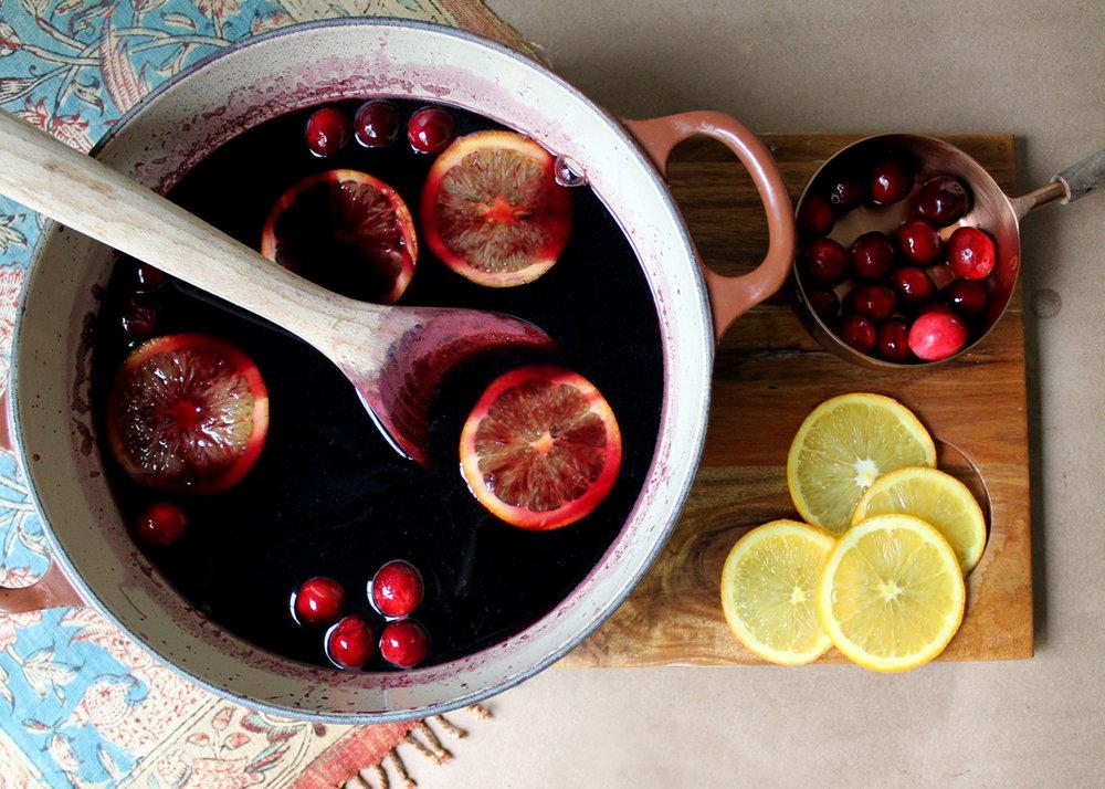 learn how to make gluehwein! a warm, spiced wine