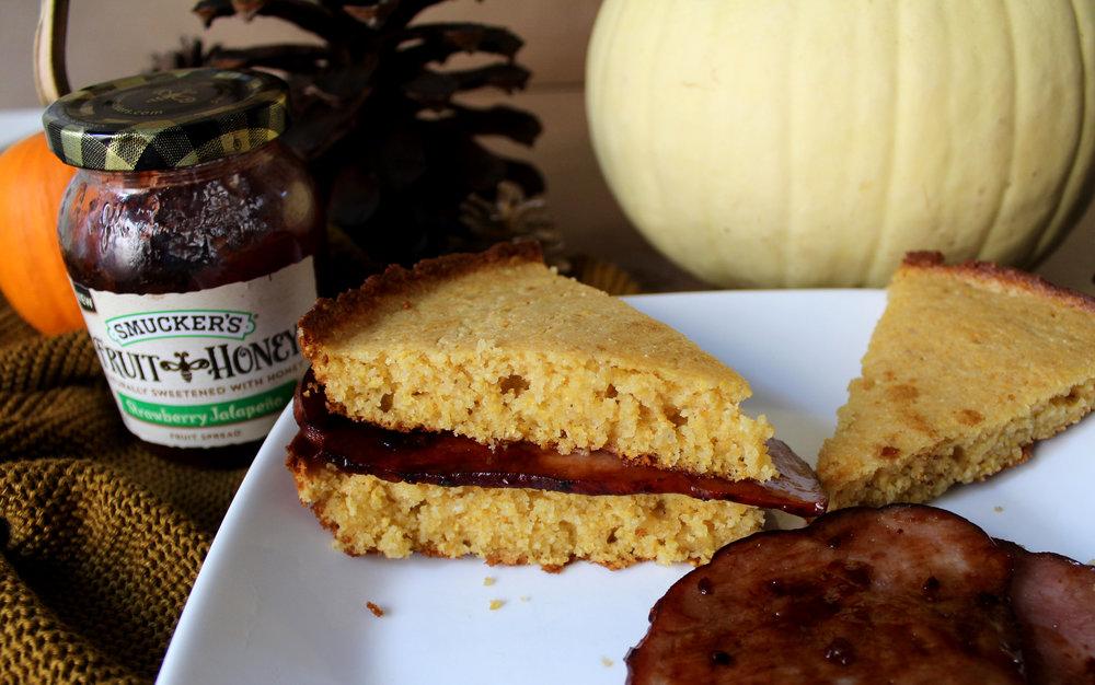 how to make Skillet Cornbread with Glazed Strawberry Jalapeño Ham