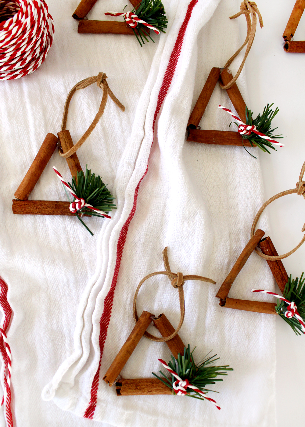 Christmas gift idea! get crafty with these cinnamon stick ornaments