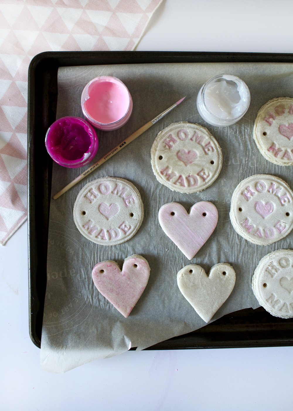 make a salt dough heart garland--perfect for Valentine's Day!