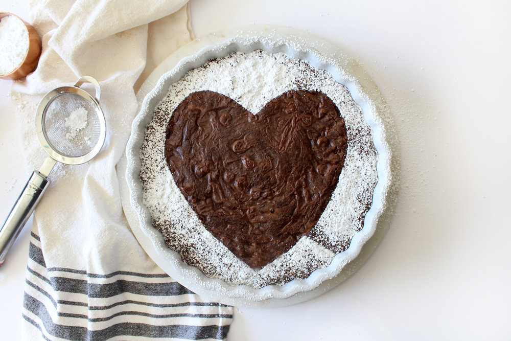 simple powdered sugar heart brownie