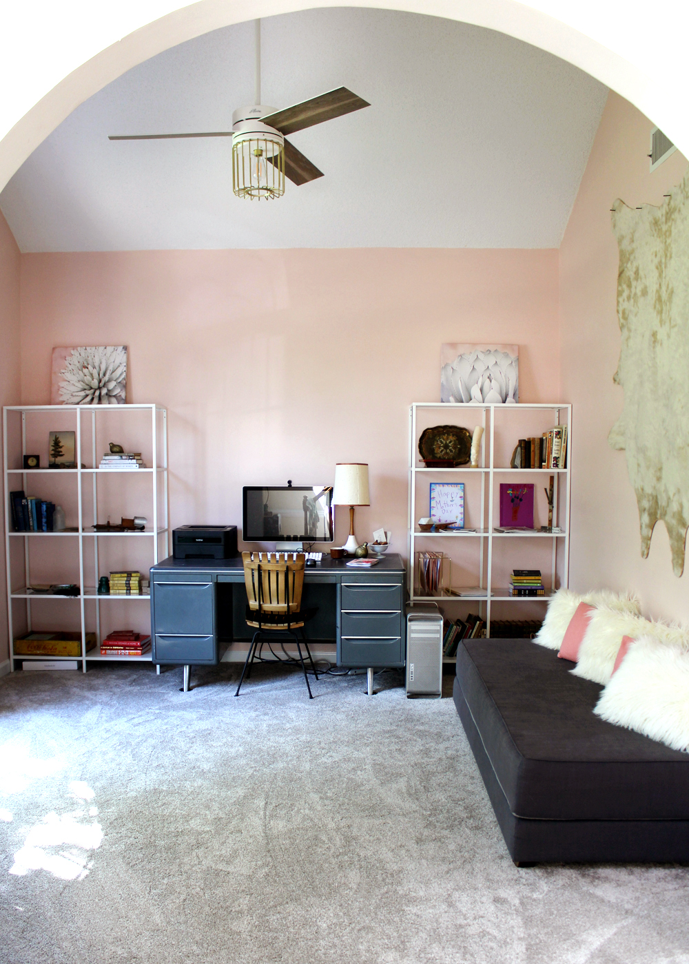 A Blush Home Office Makeover In Sherwin Williams Romance