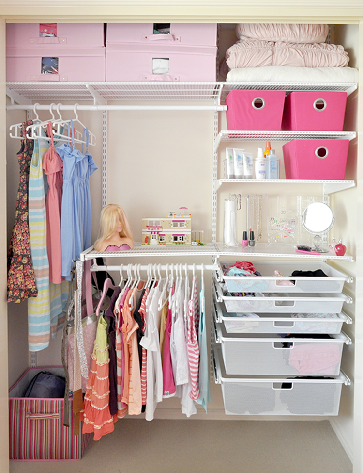 Tween Wardrobe via the Organized Housewife